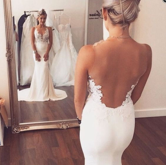 16 Must-See Wedding Dress Shopping Tips: From HerTrack.com